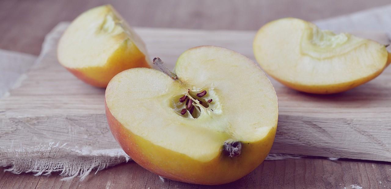 Bir Acayip Bilgiler #22: Elma kesilince neden kararır? - apple 1248483 1280 - Bir Acayip Bilgiler #22: Elma kesilince neden kararır?